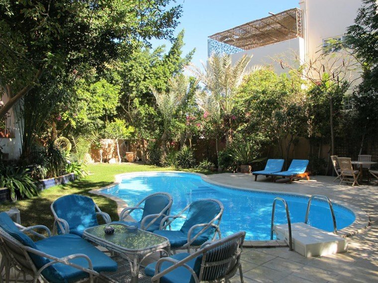 Villa With Swimming Pool In Hadaba For Sale