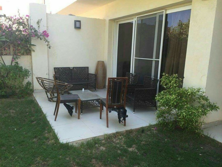 Villa for sale with furniture in Magawish.