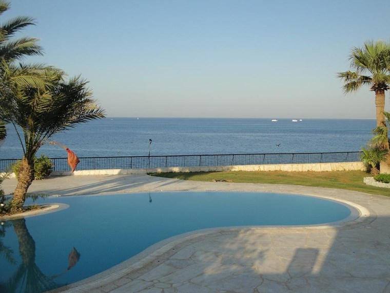 Luxury Palace For sale in Hurghada