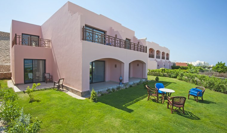 Sea view villa for sale in Hurghada in The View