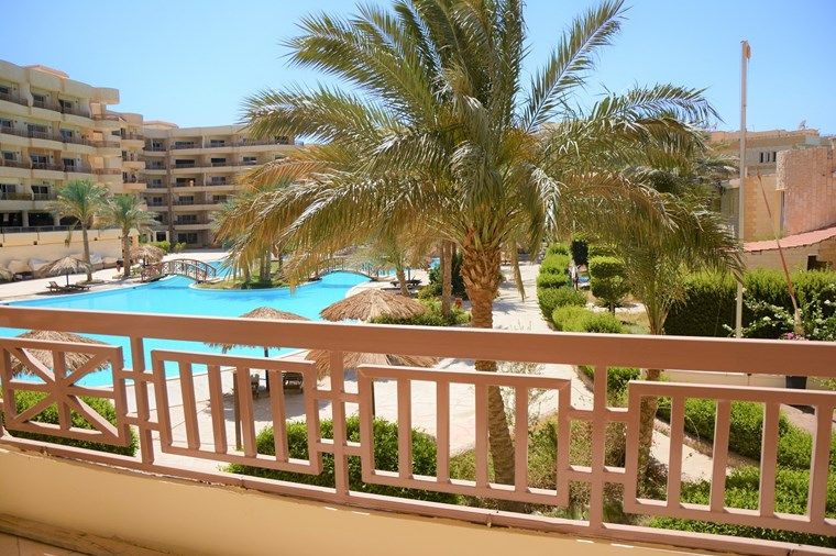 Buy an Apartment in a Compound | Pools and Beach | Hurghada